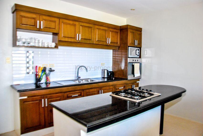 Cohiba villas luxury kitchen