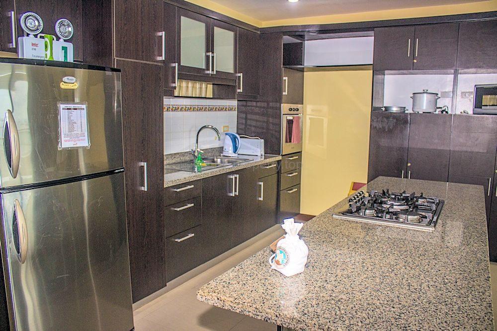 kitchen1_35584613674_o