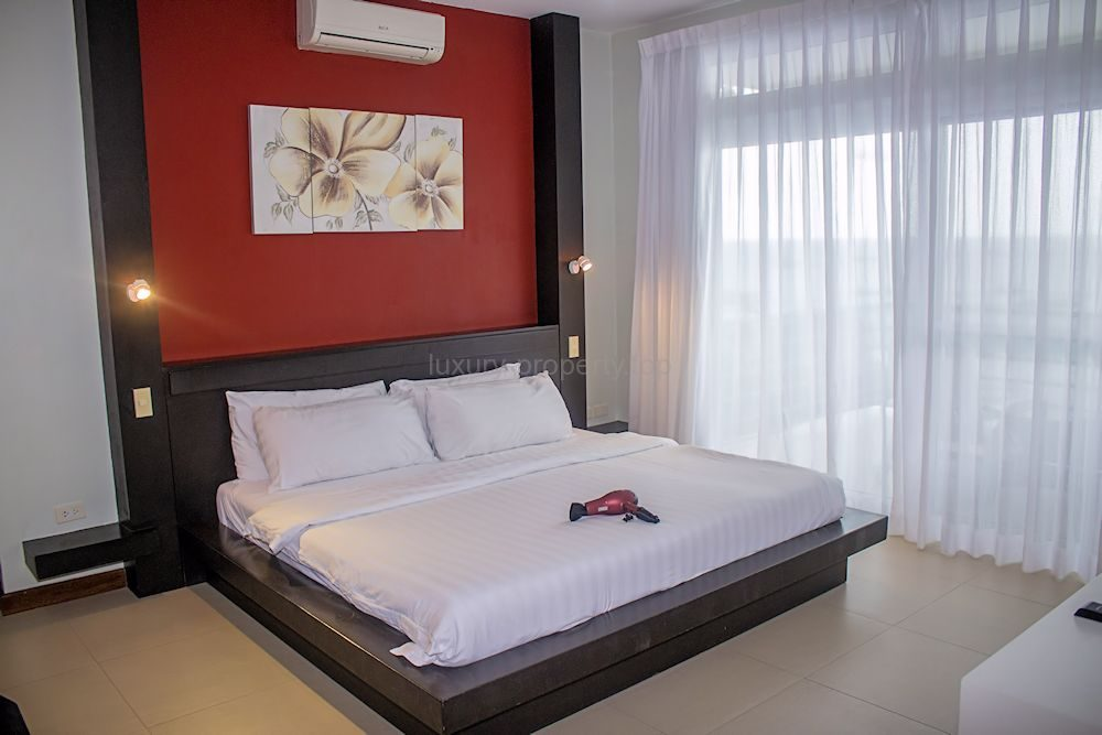 master-bedroom_36023255990_o