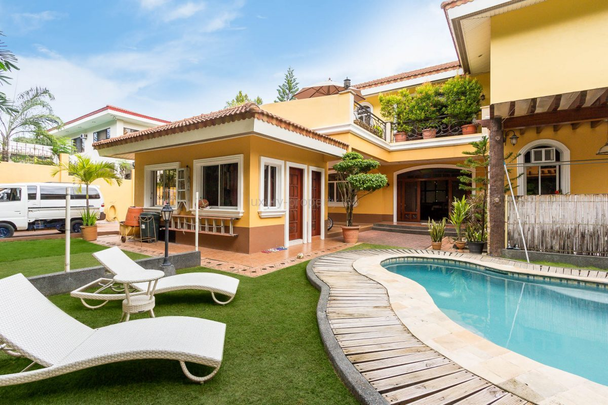 4 Bedroom House North Town Homes Cebu Luxury Property
