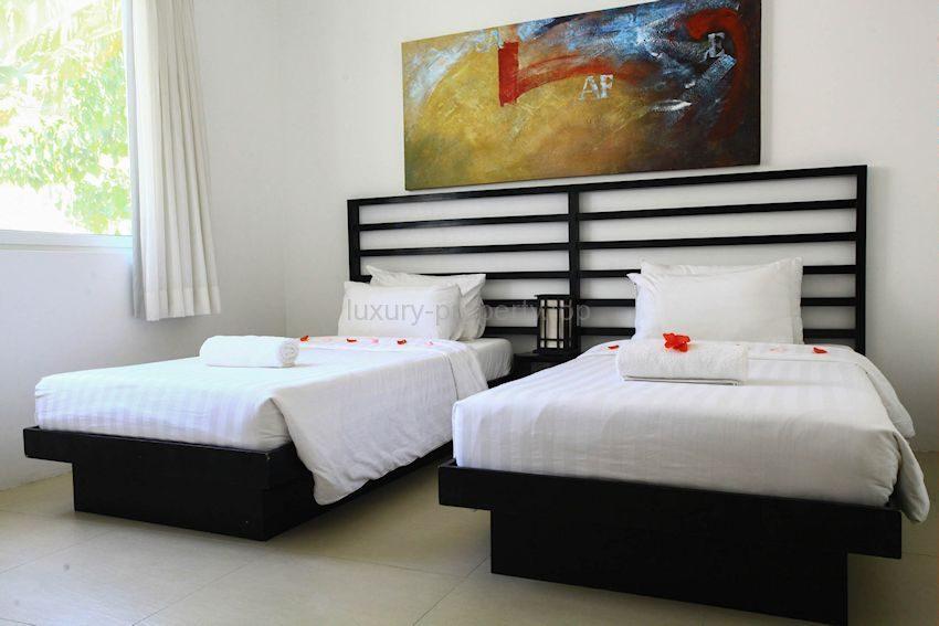 twin bedroom Bulabog Boracay