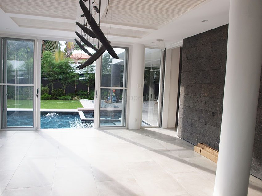 4 Bedroom House With Pool Ayala Alabang Luxury Property