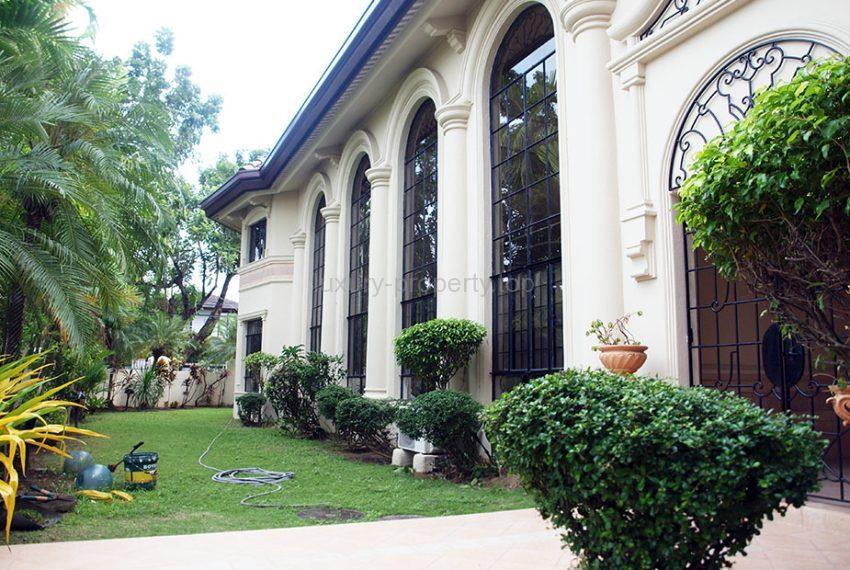 Alabang Village luxury house