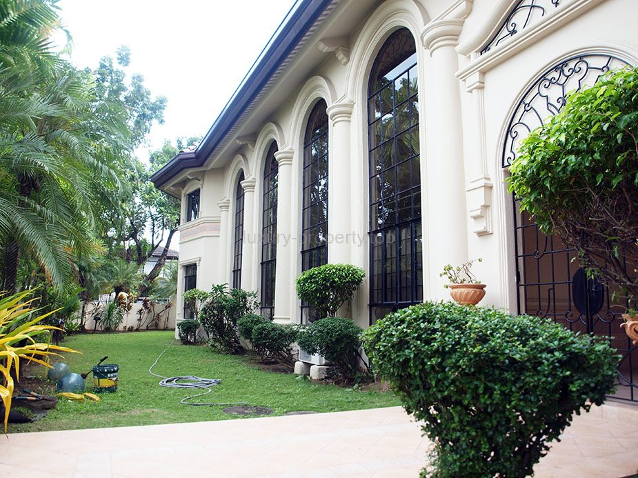 6 Bedroom House For Sale Alabang Village – Tenanted
