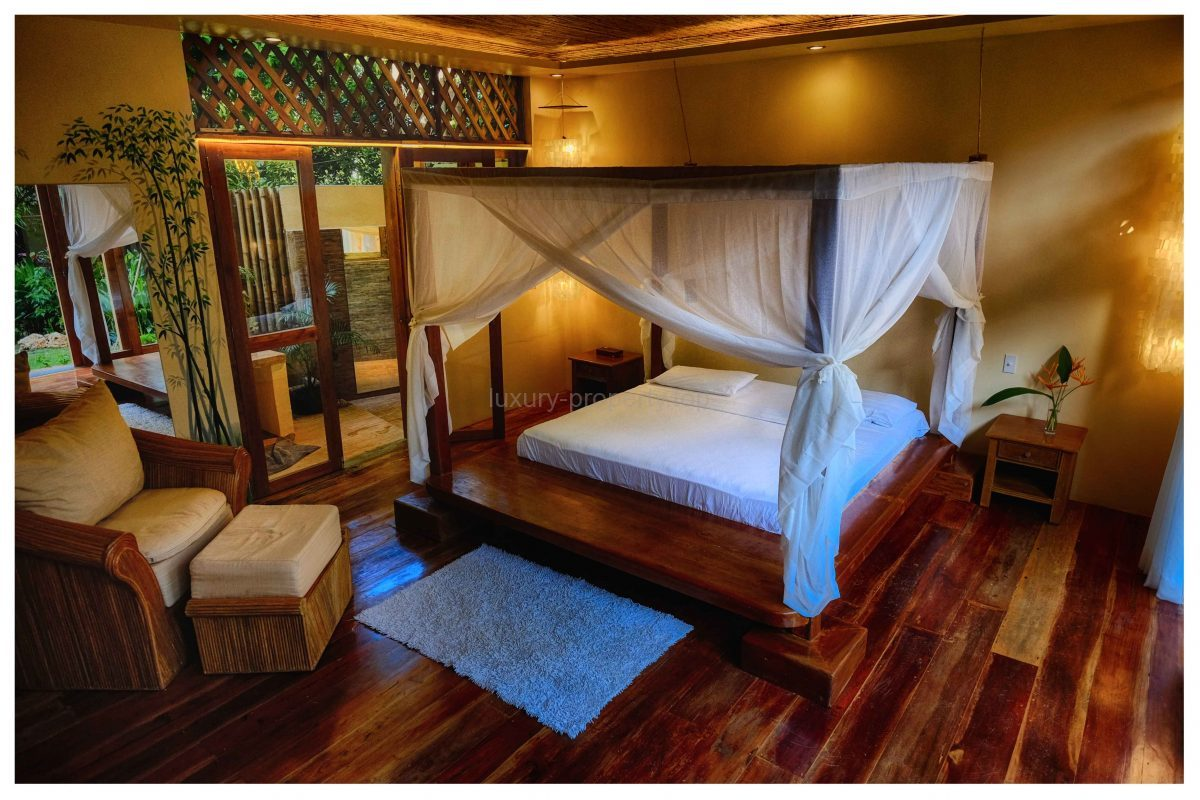 5 Bedroom House Diniwid Boracay