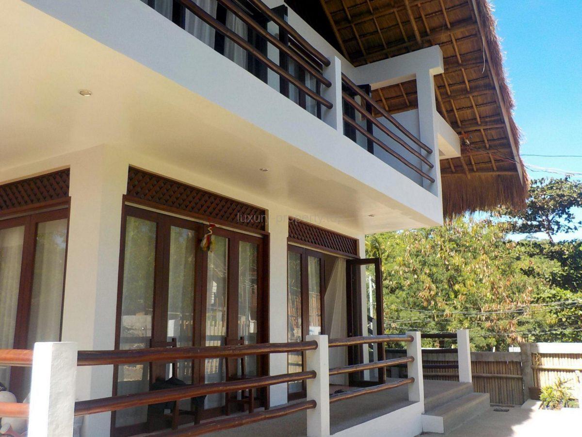 3 bedroom house Diniwid Boracay