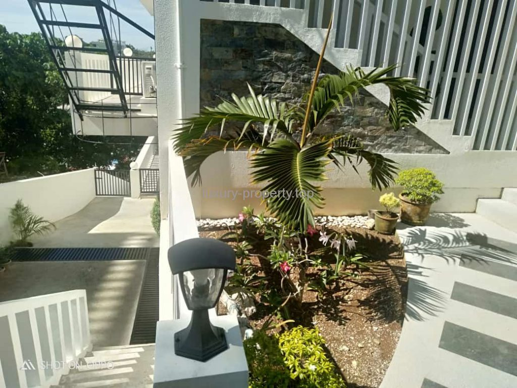 Surrounded by nature Boracay New luxury 3 bed-apartment