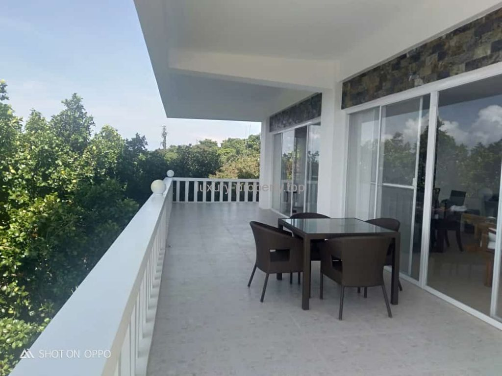 Space and views Boracay New luxury 3 bed-apartment