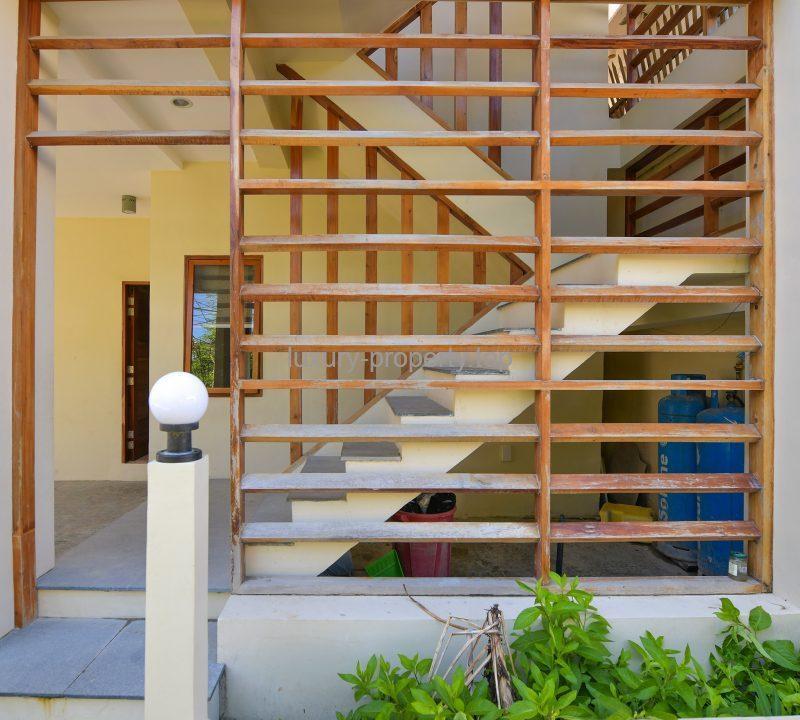 Building Photo 2