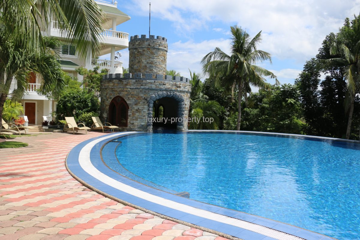Boracay hotel 1-bed apartment for sale